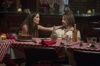 Quarry: Jodi Balfour e Logan Marshall-Green in una foto della serie