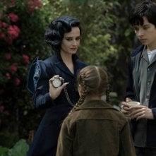 Miss Peregrine's Home for Peculiar Children: Eva Green, Georgia Pemberton e Asa Butterfield in una foto del film