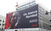 "Narcos fa gli auguri per un ""Bianco"" Natale: polemica per Netflix a Madrid"