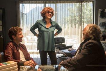 Mister Felicità: Alessandro Siani, Diego Abatantuono e Carla Signoris in una scena del film