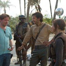 Rogue One, il regista Gareth Edwards sul set con Felicity Jones e Gareth Edwards