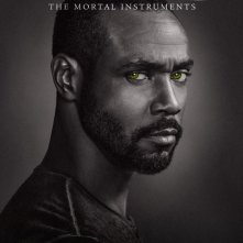 Shadowhunters: Isaiah Mustafa  nel character poster della seconda stagione