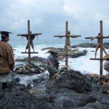 Silence: una scena corale del film sul mare