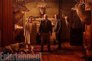 American Gods: Corbin Bernsen tra Ian McShane e Demore Barnes