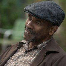 Barriere: Denzel Washington in una scena del film
