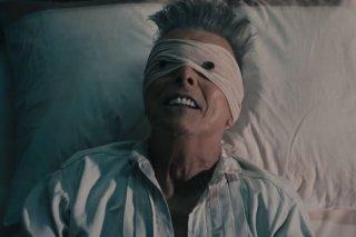 David Bowie nel video musicale di Lazarus
