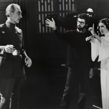 Guerre stellari: Carrie Fisher sul set con George Lucas e Peter Cushing