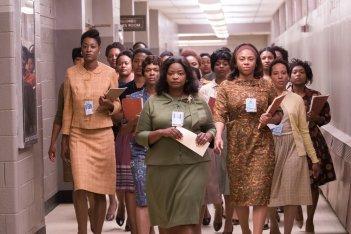 Il diritto di contare: Octavia Spencer in un'immagine di gruppo del film