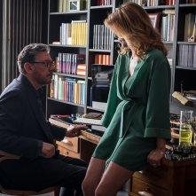 Piccoli crimini coniugali: Sergio Castellitto e Margherita Buy in una scena del film