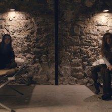Split: Jessica Sula, Anya Taylor-Joy e Haley Lu Richardson in una scena del film