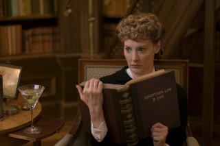 Una serie di sfortunati eventi: l'attrice Joan Cusack in una foto della serie