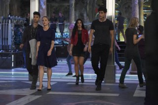 Shadowhunters: una foto dei protagonisti nell'episodio This Guilty Blood