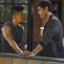 Shadowhunters: Harry Shum Jr. e Matthew Daddario in This Guilty Blood