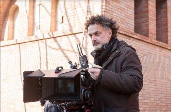 Rimetti a noi i nostri debiti: il regista Antonio Morabito sul set