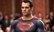 Batman v Superman: Henry Cavill mostra la reazione di Superman quando manca il caffè