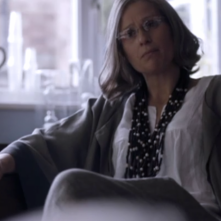 Sherlock: Sian Brooke in una scena della serie