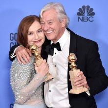 Isabelle Huppert ai Golden Globes 2017 con Paul Verh