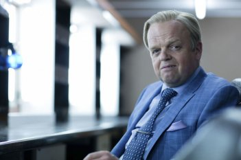 Sherlock: Toby Jones nel ruolo del villain dell'episodio The Lying Detective