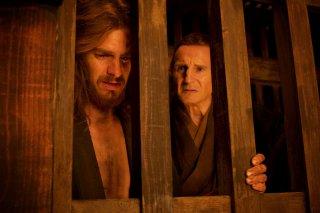 Silence: Andrew Garfield e Liam Neeson in una foto del film