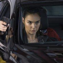 Le spie della porta accanto: Gal Gadot in una scena del film