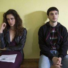 Il permesso - 48 ore fuori: Giacomo Ferrara e Valentina Bellè in una scena del film