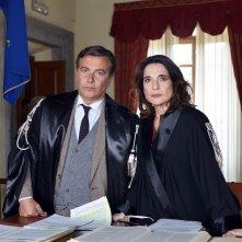 Il bello delle donne: Paolo Sassanelli e Lina Sastri in una foto della serie