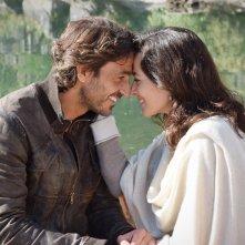 Un passo dal cielo 4: Daniele Liotti e Daniela Virgilio in una foto della serie