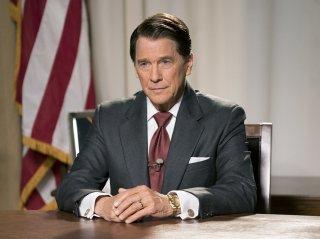 Killing Reagan: una foto dell'attore Tim Matheson