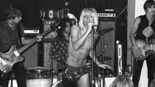 Gimme Danger: Iggy Pop sul palco in un'immagine d'archivio tratta dal documentario