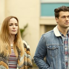 Legends of Tomorrow: Caity Lotz e Nick Zano in Raiders of the Lost Art