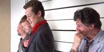 I soliti sospetti: Benicio del Toro, Gabriel Byrne e Stephen Baldwin durante il confronto