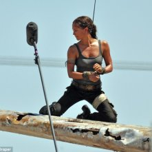 Tomb Raider: Alicia Vikander sul set del film