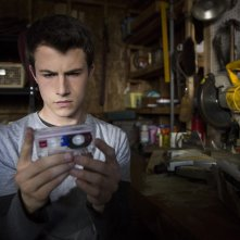 13 Reasons Why: Dylan Minnette in una foto della serie