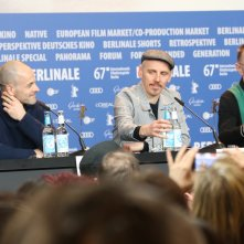Berlino 2017: Ewen Bremner, Danny Boyle, Jonny Lee Miller alla conferenza di T2 Trainspotting