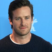 Berlino 2017: un primo piano di Armie Hammer al photocall di Final Portrait