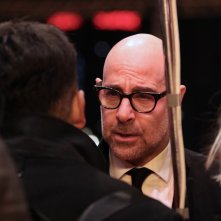 Berlino 2017: Stanley Tucci durante le interviste sul red carpet di Final Portrait