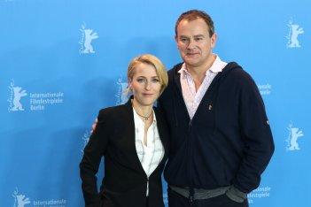 Berlino 2017: Hugh Bonneville e Gillian Anderson al photocall di Viceroy's House
