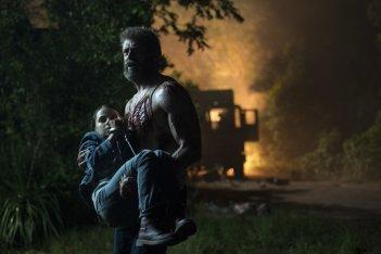 Logan: Hugh Jackman e Dafne Keen in una foto del film