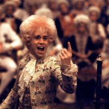 Amadeus: Tom Hulce in una scena del film