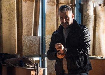 Falchi: Fortunato Cerlino in una scena del film