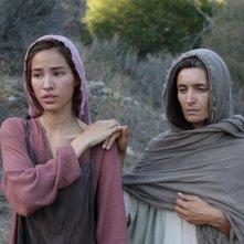 Piena di grazia: Kelsey Asbille e Bahia Haifi in una scena del film