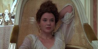 Valmont: Annette Bening in una scena del film