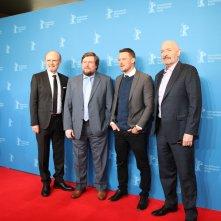 Berlino 2017: uno scatto di Terry O'Quinn, Michael Dorman, Kurtwood Smith, Michael Chernus sul red carpet di Patriot