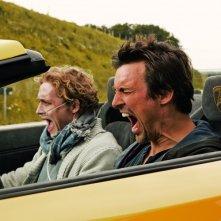 The Most Beautiful Day - Il giorno più bello: Matthias Schweighöfer e Florian David Fitz in un momento del film