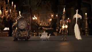 La Bella e la Bestia: una foto degli oggetti animati del castello della Bestia
