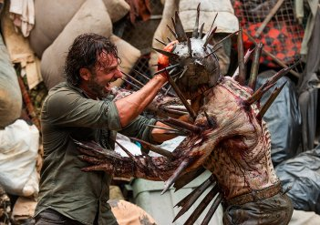 The Walking Dead: Andrew Lincoln in una foto di New Best Friends