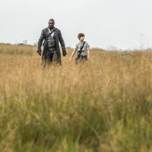 The Dark Tower: un'immagine di Idris Elba e Tom Taylor