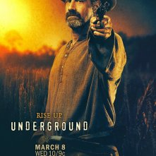 Underground: un character poster per Christopher Meloni