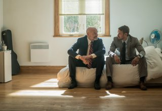 Patriot: Terry O'Quinn e Michael Dorman in una scena della serie Amazon