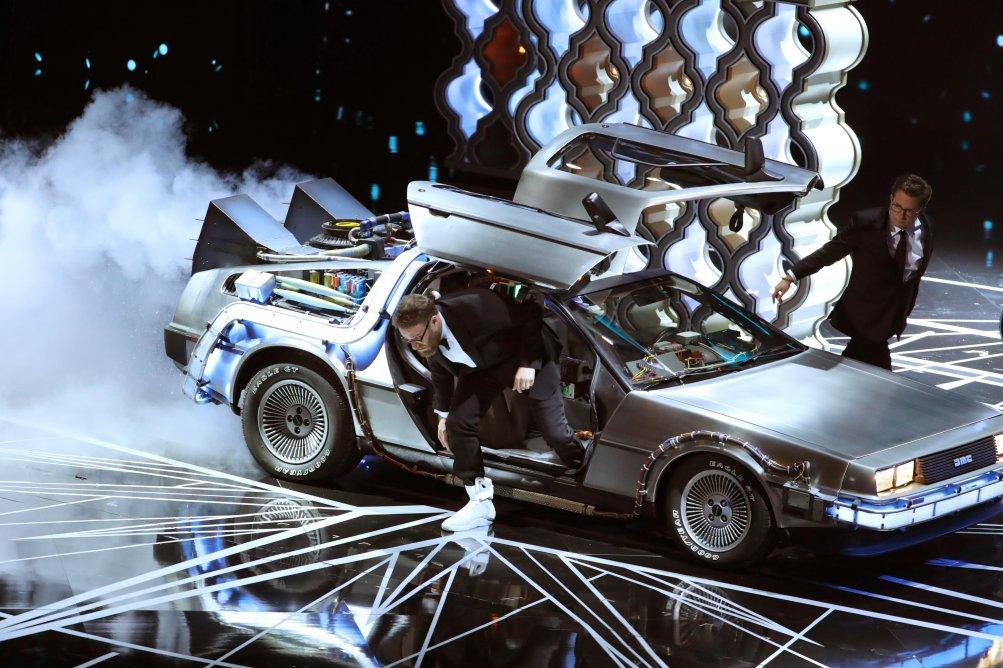 Oscar 2017: Michael J. Fox, Seth Rogen e la Delorean
